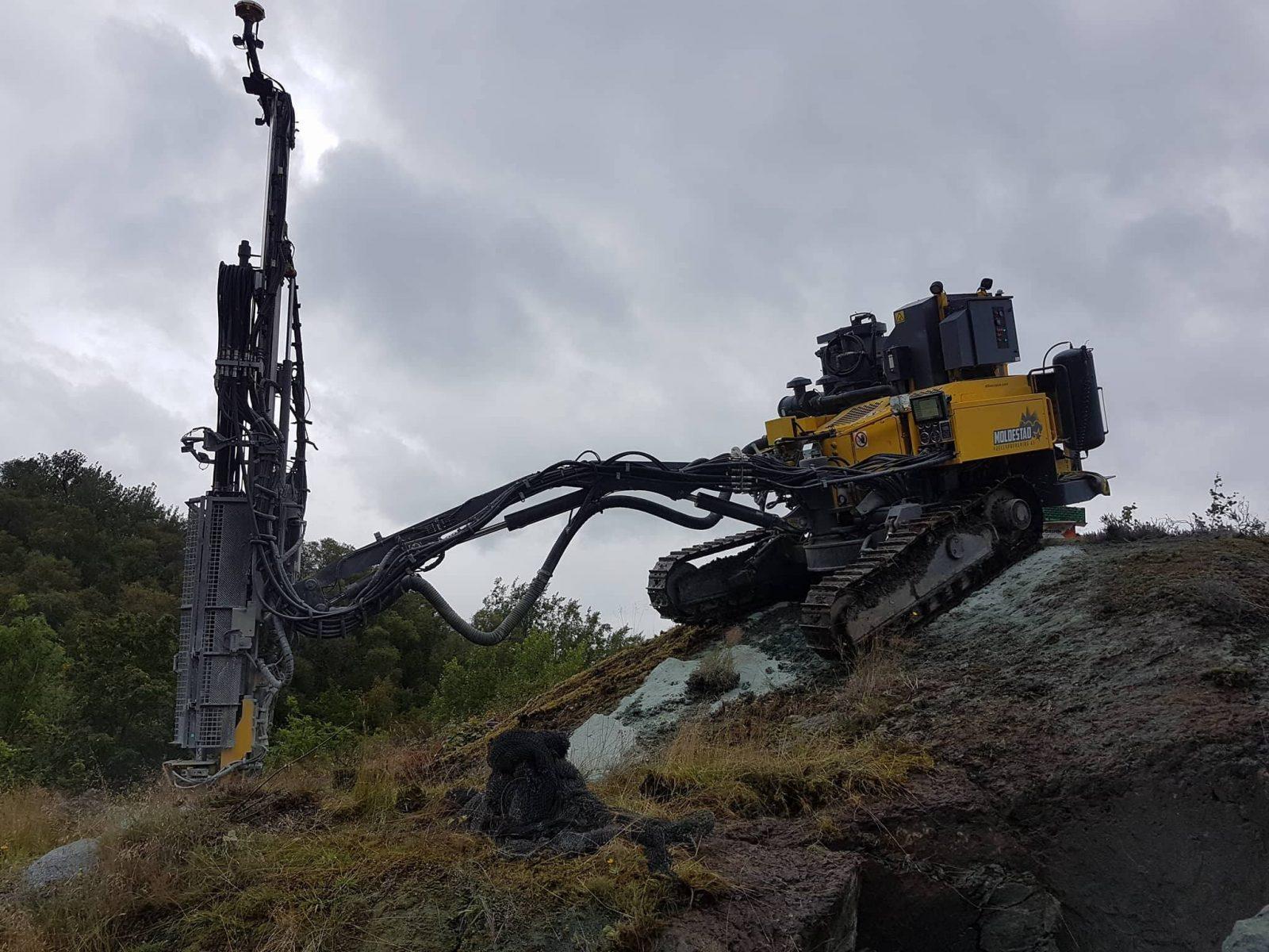 Vann og avløp - Mindre gravearbeid - Bergen Maskin & Transport - Vi hjelper deg med gravearbeidet.
